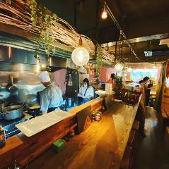 タイレストラン&オイスターバー Thong‐Fah トンファー辻堂