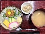 ランチ「釜あげしらす丼定食」