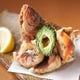 沖縄の県魚「グルクンの唐揚げ」も人気メニューのひとつ!
