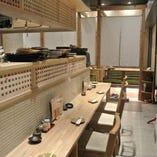 【カウンター席】 料理のライブ感も味わえるカウンター席