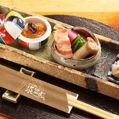 魚和食 浜菜虎(はまなこ)