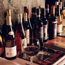 イタリア全土のワイン常時120種以上