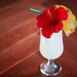 【トロピカル】 ハイビスカスや南国フルーツを使用した1杯