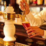 クラフトビール「ローズビール」武蔵野ミニブルワリー特別限定醸造。芳醇な香り、軽快でフルーティー。お店の名前がついたこの生ビールを、是非お試しください!