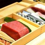 伊勢・三河湾から仕入れる鮮魚を存分に楽しむ特撰握り9貫3000円