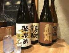 日本酒は常時10種類以上