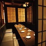 10名様前後の完全個室と15名様前後の完全個室席のご用意2種類となります。