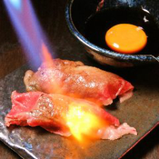 【肉炙り寿司】食べ飲み放題コース♪