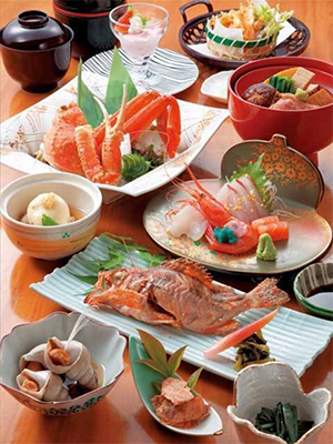 【金沢を味わう会席料理が楽しめる】加賀会席