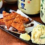 昭和の酒場のセット(ハムカツ、ポテサラ)