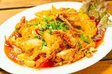 ソフトシェル蟹と玉子のふわとろカレー炒め(プーパッポンカレー)