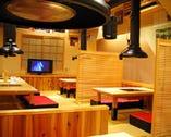 2Fは最大40名様前後まで対応可能な お座敷スペース。宴会にオススメ