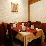 テーブル席個室(2~4名様)