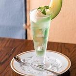 【昭和レトロ喫茶】 クリームソーダやかためプリンもご用意
