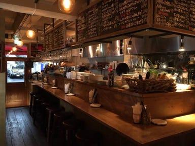 御徒町ワイン食堂 パパン  店内の画像