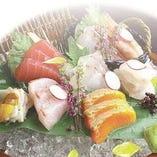 地元の食材を使用した各種お料理