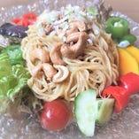 夏季限定☆京野菜たっぷり金ゴマ冷麺
