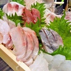 桜木町 横浜漁酒場 まるう商店さん