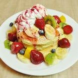 【より美味しく一新!!】大人気の「ハワイアンパンケーキ フルーツミックス」