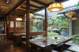 萩コーナーは1~4名様までご利用できるテーブル席が7席ございます。
