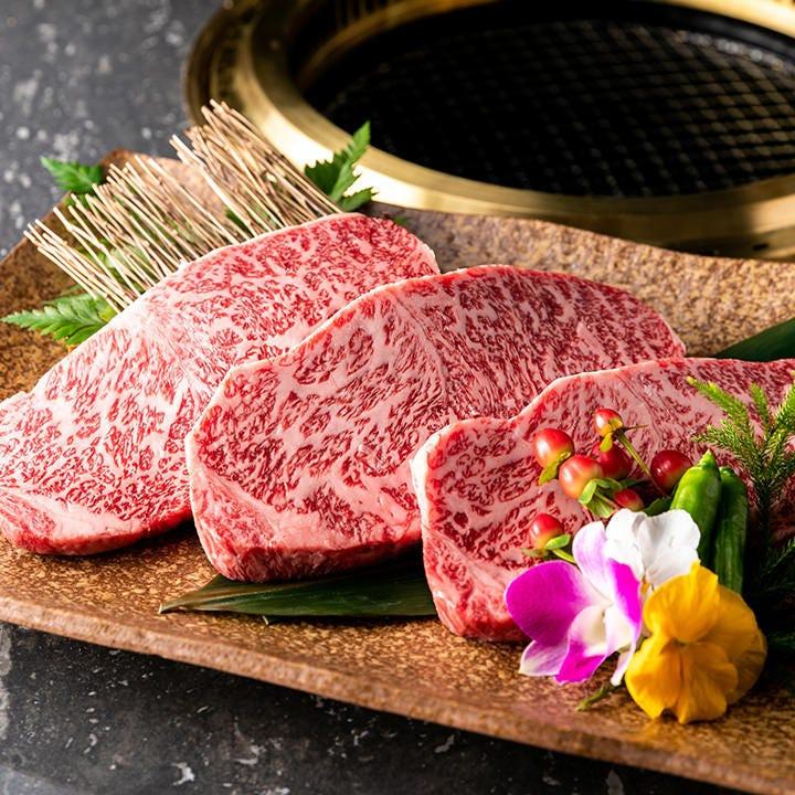日本三大和牛・米沢牛の様々な部位が楽しめるコースをご用意