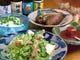 数々の沖縄郷土料理を泡盛と一緒にお楽しみください