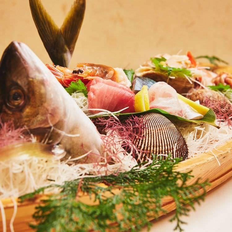 店主選りすぐりの鮮魚が楽しめる