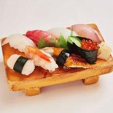 お寿司のお持ち帰りもございます