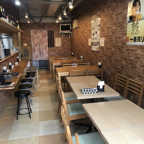インド小物が並ぶカフェの様な空間♪