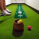 手ぶらでゴルフOK!クラブやシューズなど、シュミレーションに必要な備品は全て貸出しています。