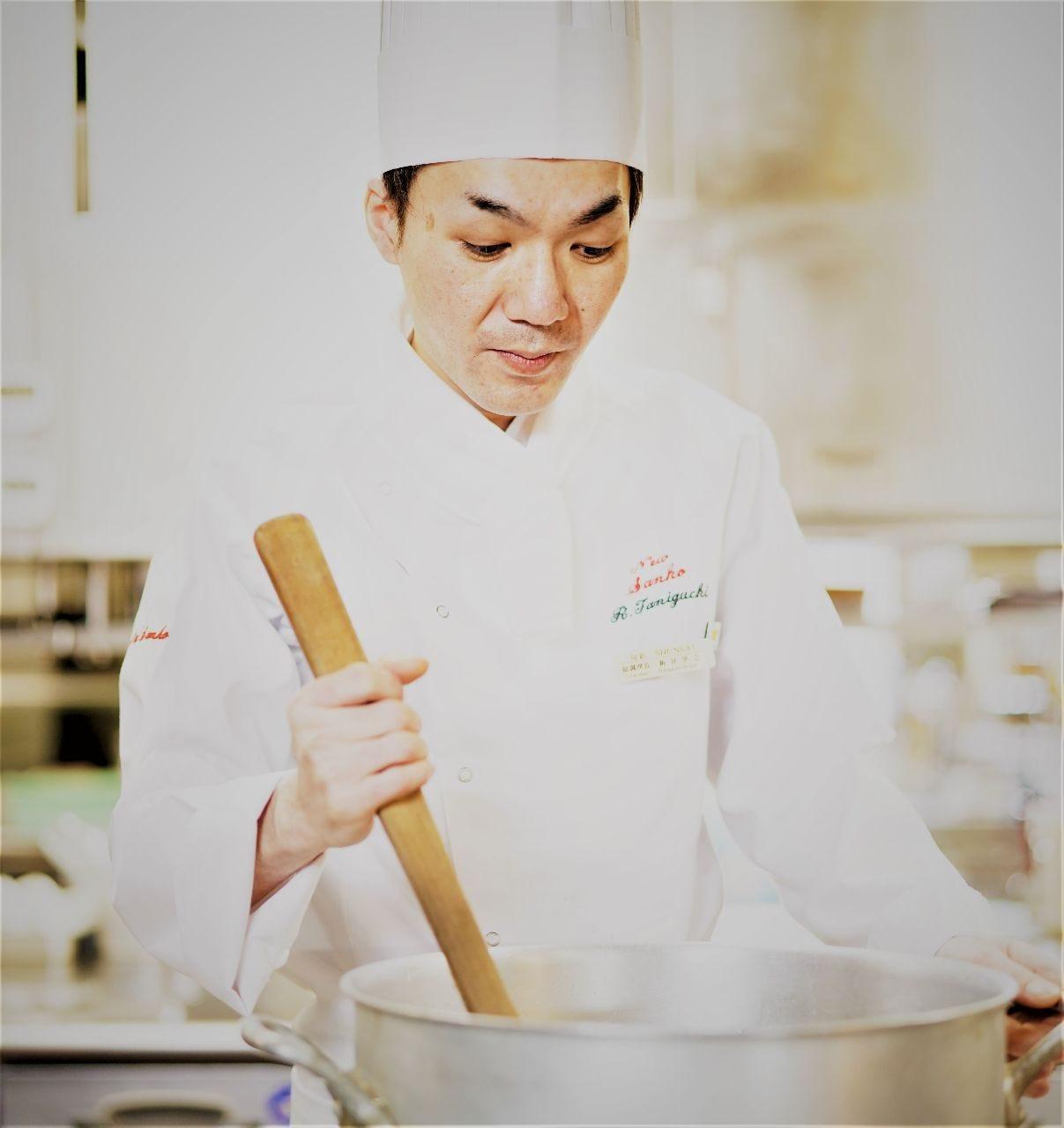 料理は感動と喜びを表現するもの!