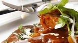 薩摩黒豚料理 ※完全な自然飼育された最高級品を鹿児島県農場より直送致しています