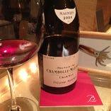 当店ソムリエ厳選ワイン、多数ご用意しております。シャンパーニュは特におすすめです。