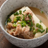 【肉豆腐】 鶏ガラだしの優しい味わいはあと一品欲しいときにも