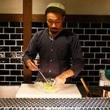 【毎日のお食事に】 当店のメニューはすべて料理人の手作りです