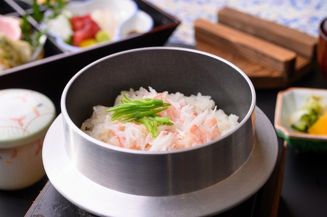 松花堂御膳と季節の釜飯