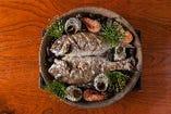 大人気!天然の桜鯛の海鮮宝楽焼き◎