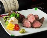 和牛をはじめ、お肉料理もワインも充実☆