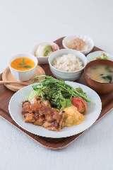 GRAND MASTARS CAFE 百道店