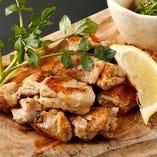 グローズの定番人気!厳選国産鶏のもも肉を贅沢に使用【栃木県】