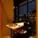 【夜景の見えるテーブル個室】記念日や誕生日などデートに最適!