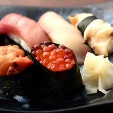 板前が心を込めて握る新鮮ネタの寿司