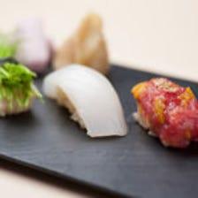 ◆鮮魚で握るこだわりの江戸前鮨