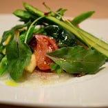 野菜の甘みや美味しさが際立つサラダ!ぜひ、ご賞味ください