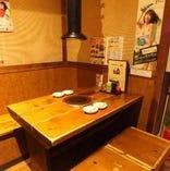 【1F】テーブル席は2名様からご利用可能!