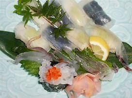 クリスタル寿司(イカ寿司)