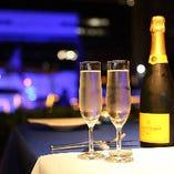 誕生日や記念日のデートにはシャンパンやスパークリングワインで華やかに乾杯♪