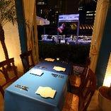 テーブル席(~4名様×3・~6名様×5)