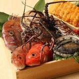 熟練の職人が厳選した全国各地の旬食材をご賞味下さい。