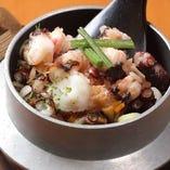 【釜飯】 お米は世羅産のコシヒカリを使用!炊き立てをどうぞ